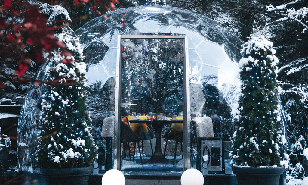 Snow Globes Dining Domes | Photo: Brad Flowerdew